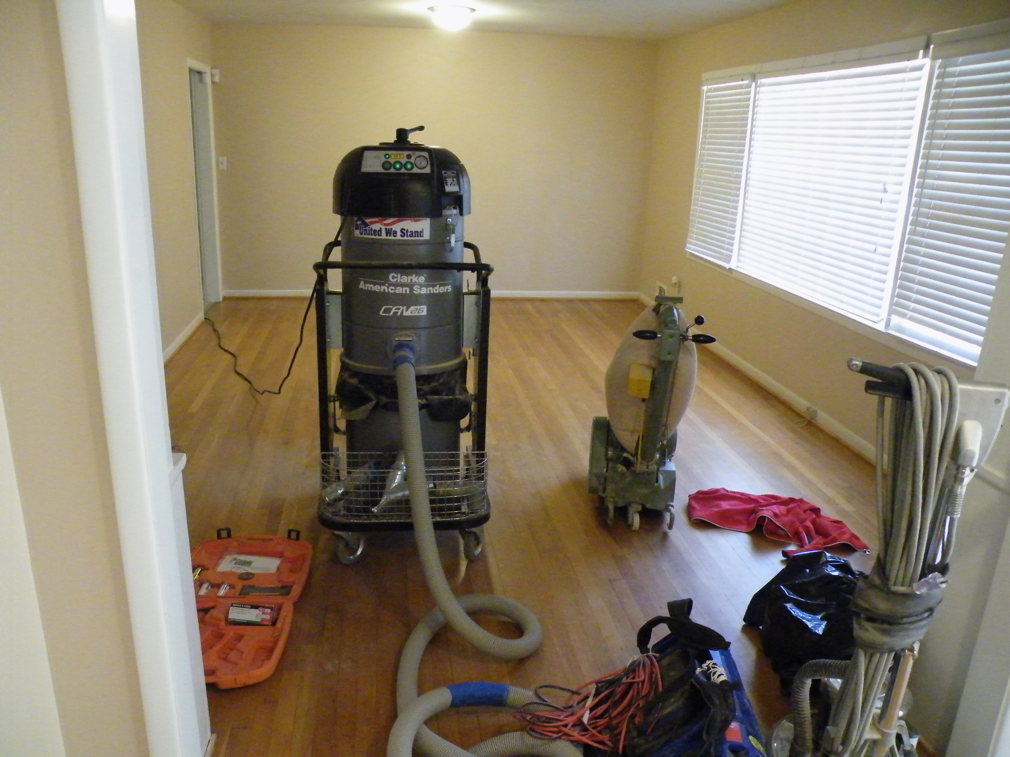 Dustless Floor Refinishing